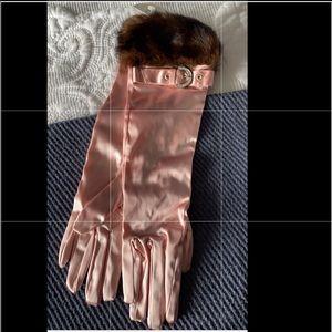 Gloves -Coach- Mink Cuff